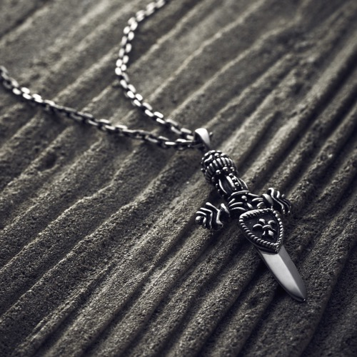 [SAVAGE] Sword Silver Necklace