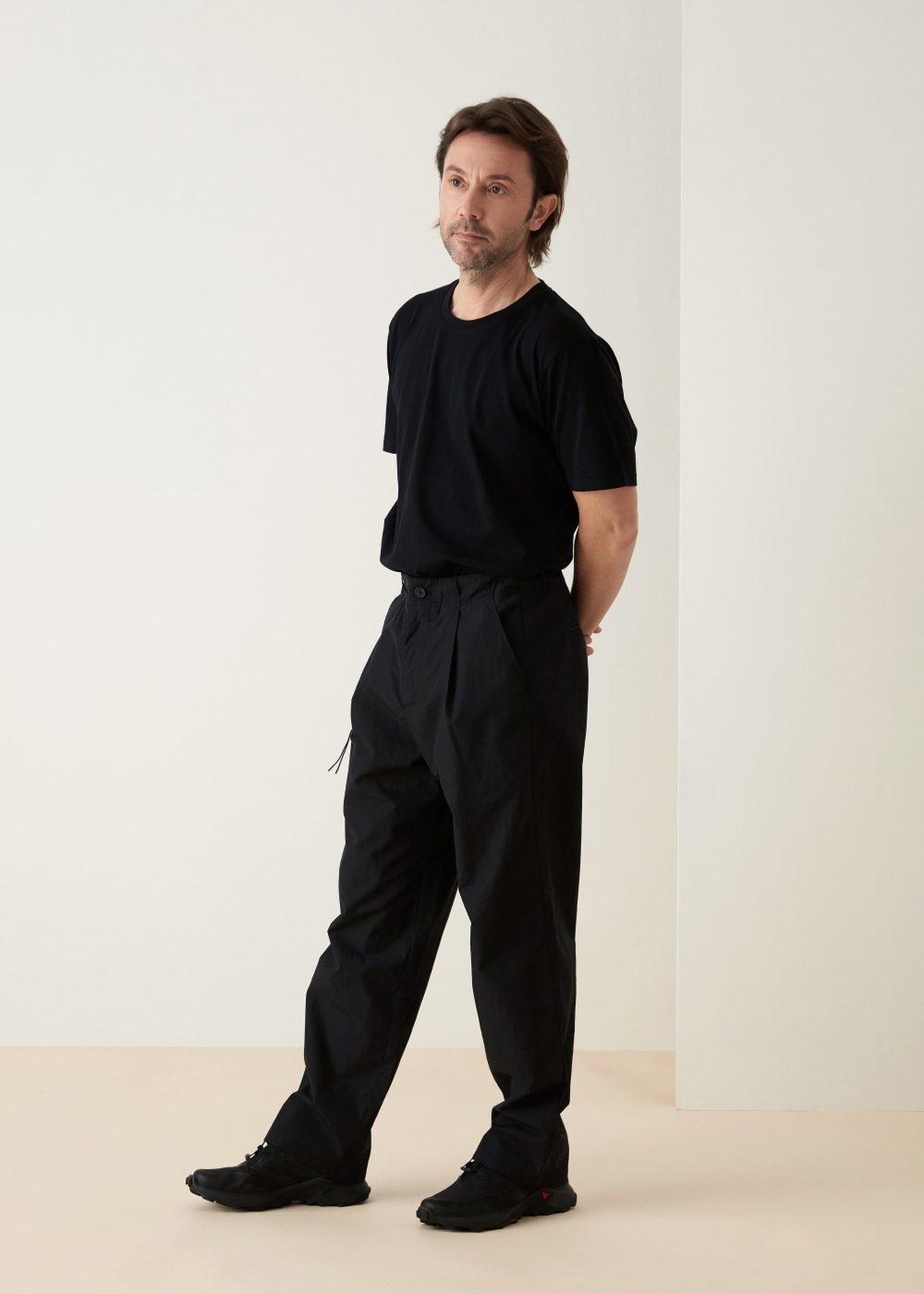 -[KOYU] nylon pants- black
