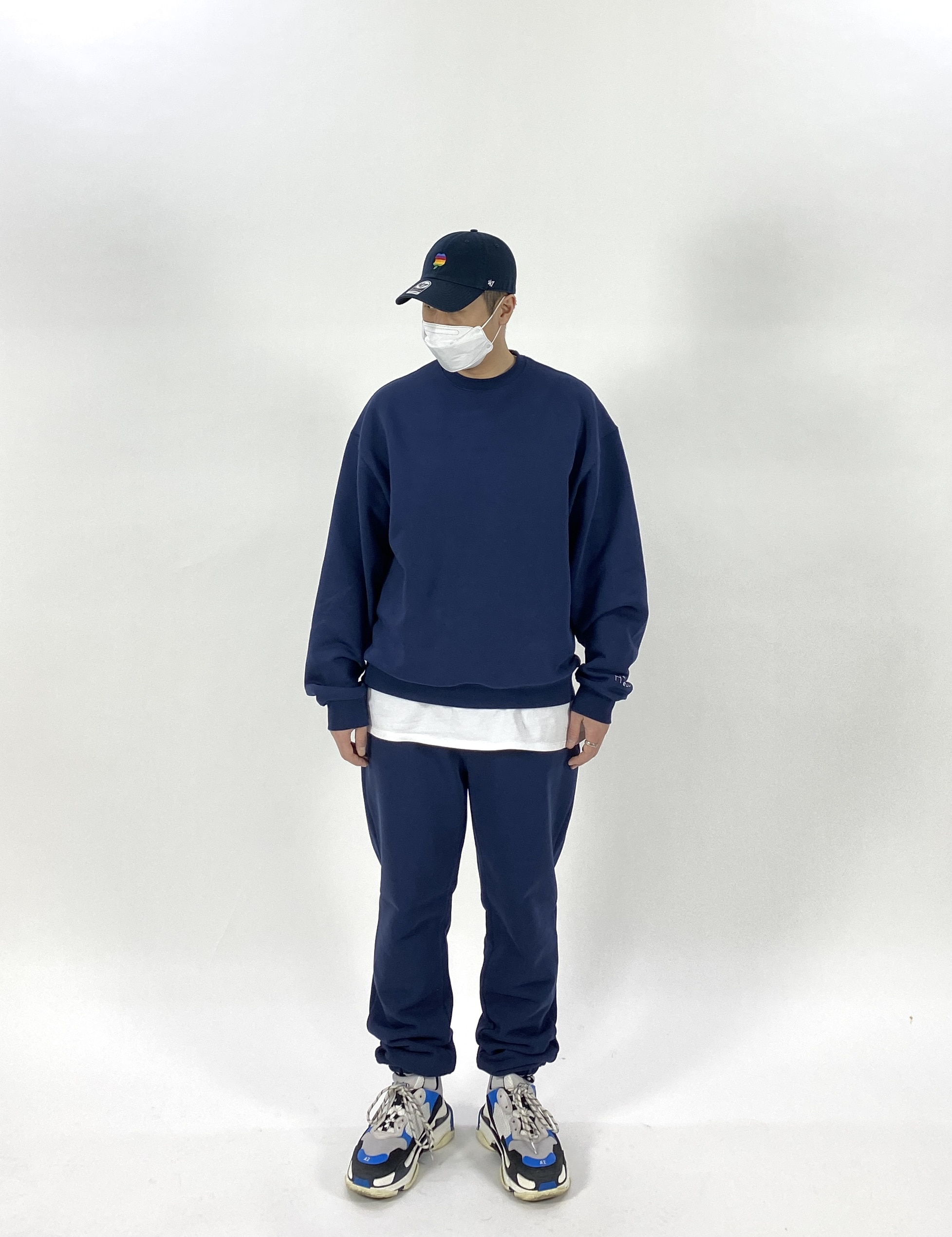-[MOLTO SEOUL] HELL HEAVEN SWEAT SHIRT -NAVY