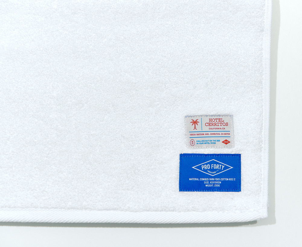 -[HOTEL CERRITOS] PREMIUM SPORTS TOWEL