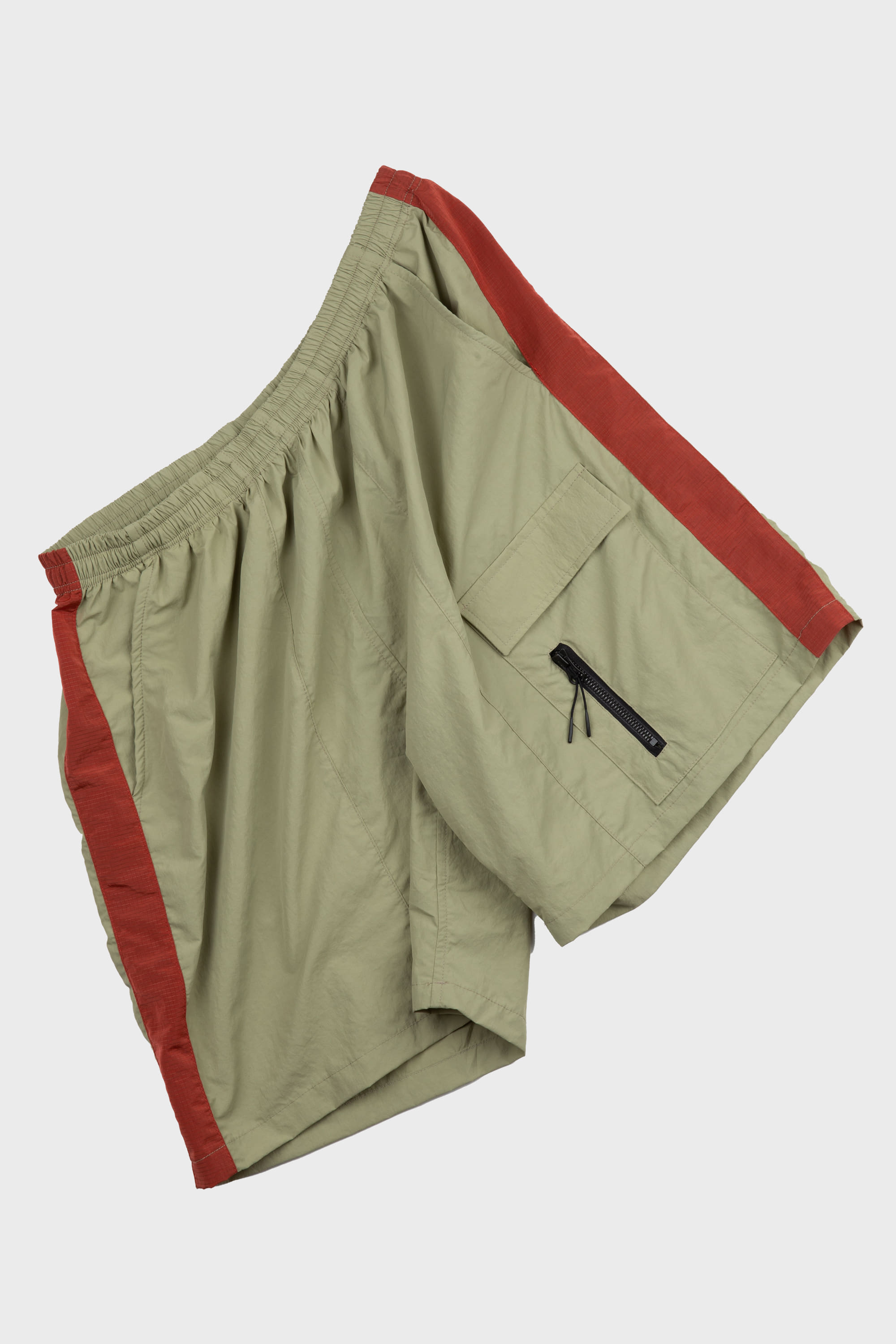 -[COLDWARM] NYLON POKET SHORTS- OLIVE GREEN