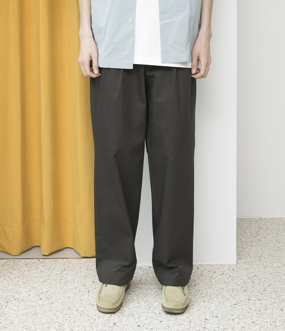 -[ESFAI] 2 TUCK WIDE C.PANTS- black